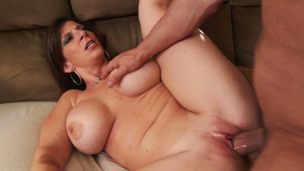 december latina naken