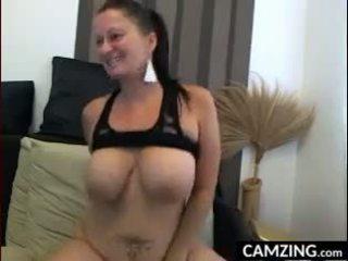 bröst mallu sida