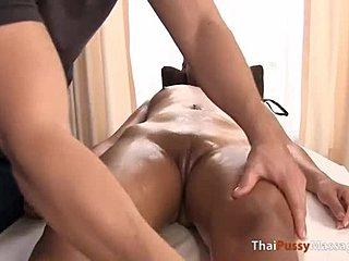 thailändska tjejer nakna