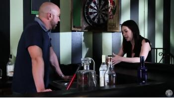 kuk bartendern suger