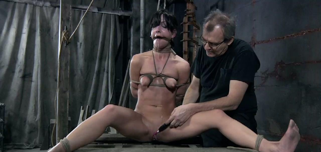 solo orgasm brunett
