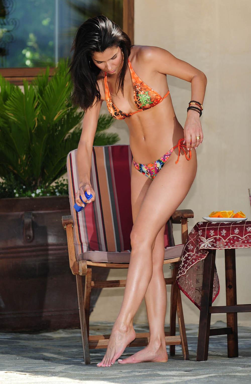 sanchez bikini roselyn