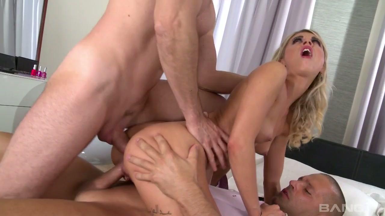 Connelly naken Jennifer