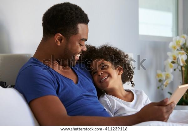 vuxen far dotter