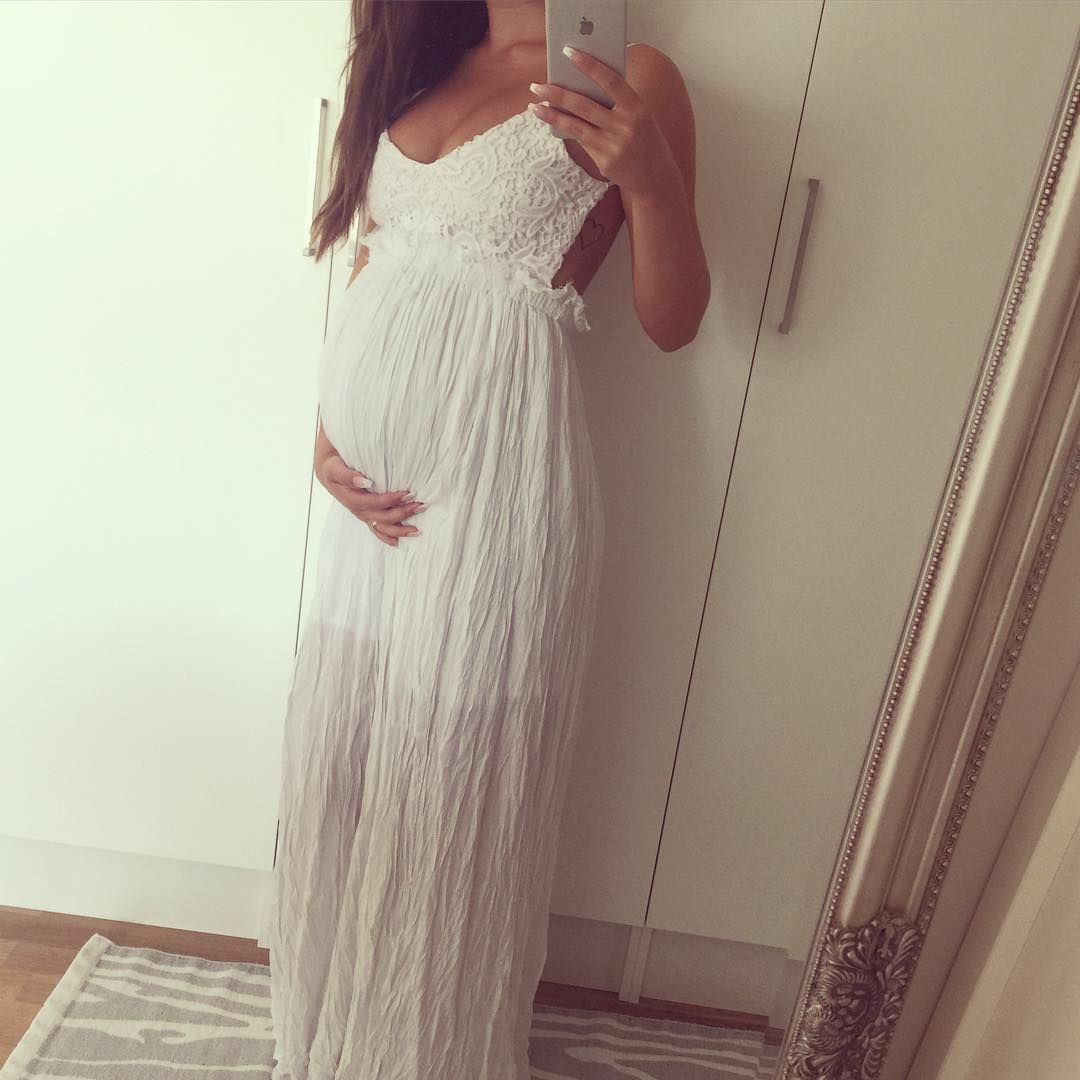under ebenholts kjolen gravid