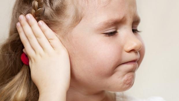 örat värker vuxna