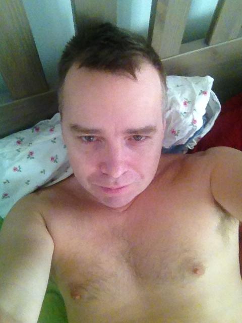 naken selfies skola