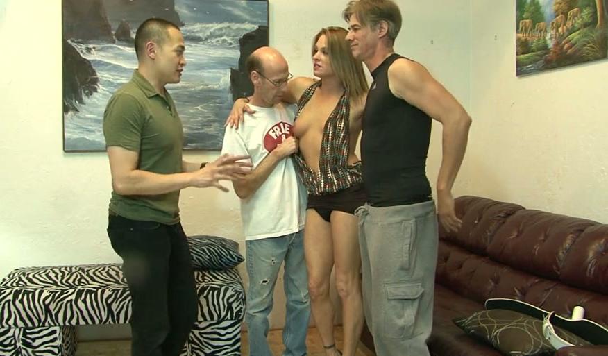 fitta asiatisk nudism