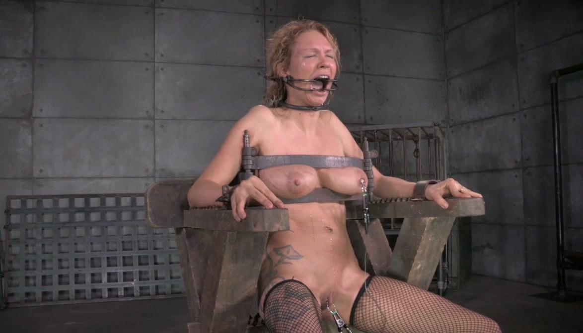 fet moster naken