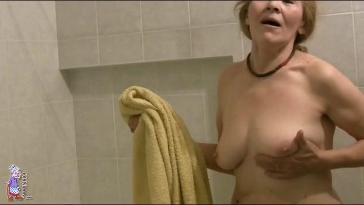 blandras naken mamma